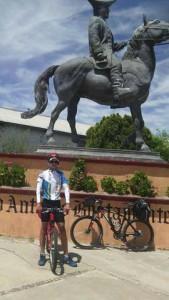 monumento del Capitán Bernardo Antonio de Bustamante