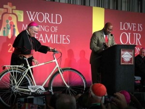 bicicleta-papa-francisco-2
